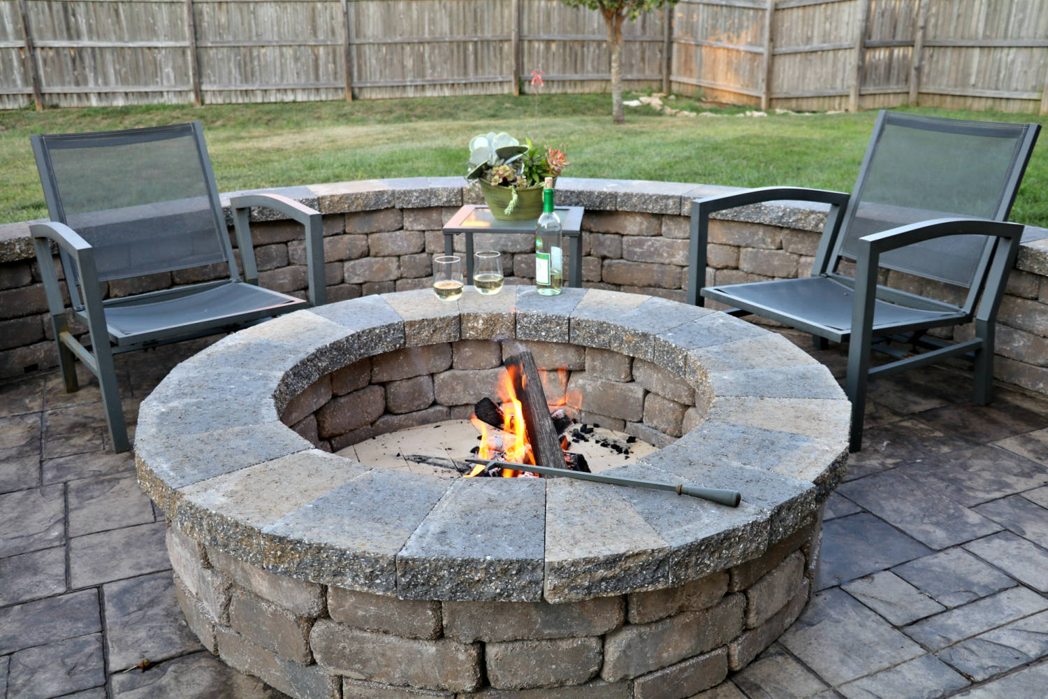 Fire Pits: Wood Burning Or Gas For Your Back Yard?