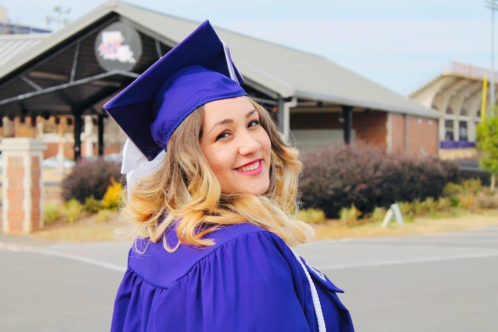 Kansas City Outdoor Living Spaces Graduation Parties